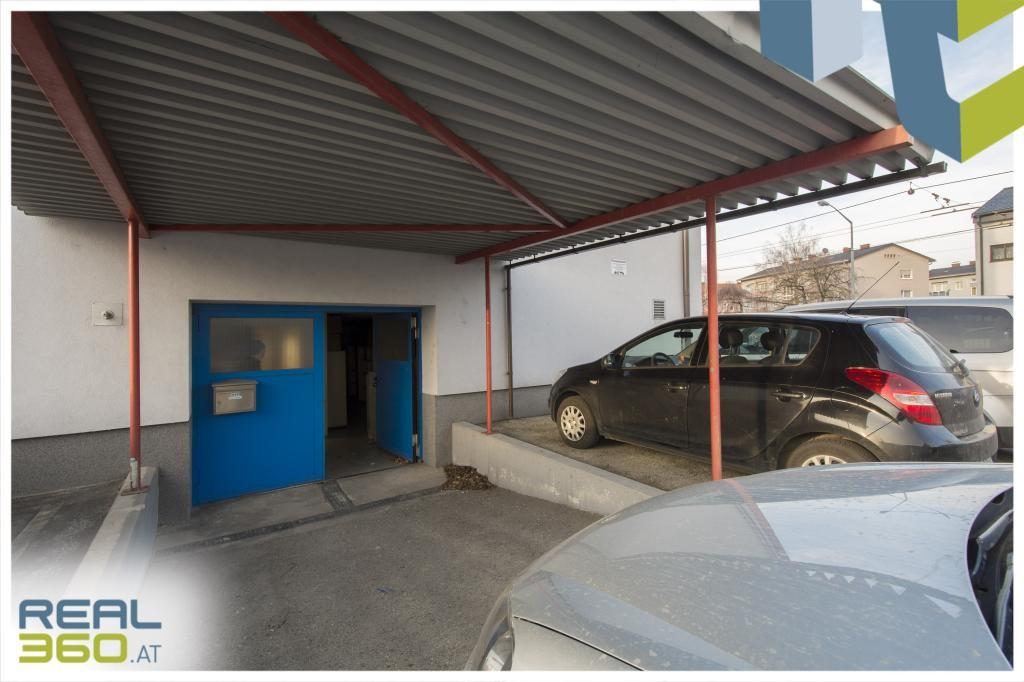 Bürohaus (WIDMUNG WOHNGEBIET) inkl. reichlich Freiparkplätze in der Siemensstr. in Linz zu verkaufen! /  / 4030Linz / Bild 0