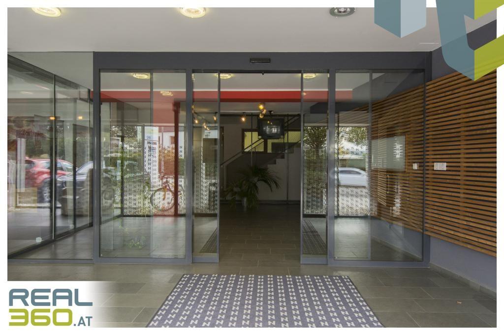 Eingangsbereich Gebäude I