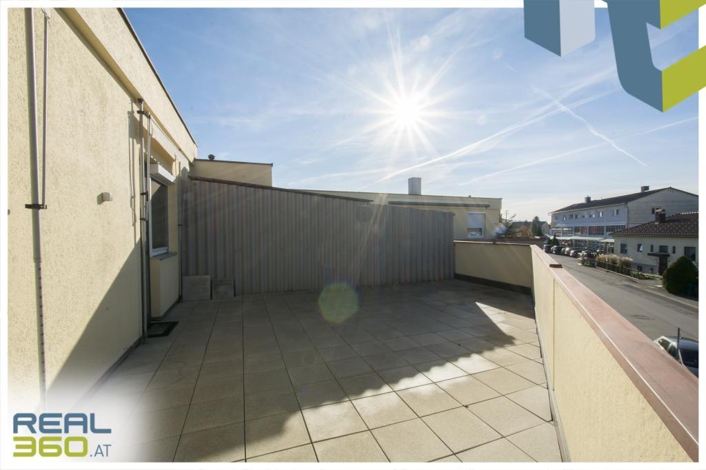Ruhige und sonnige Terrasse I