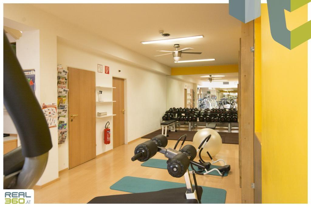 Fitnessraum III mit Trainerbüro