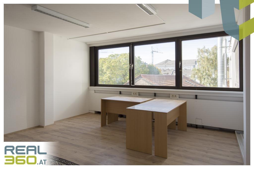 Büro 2 I