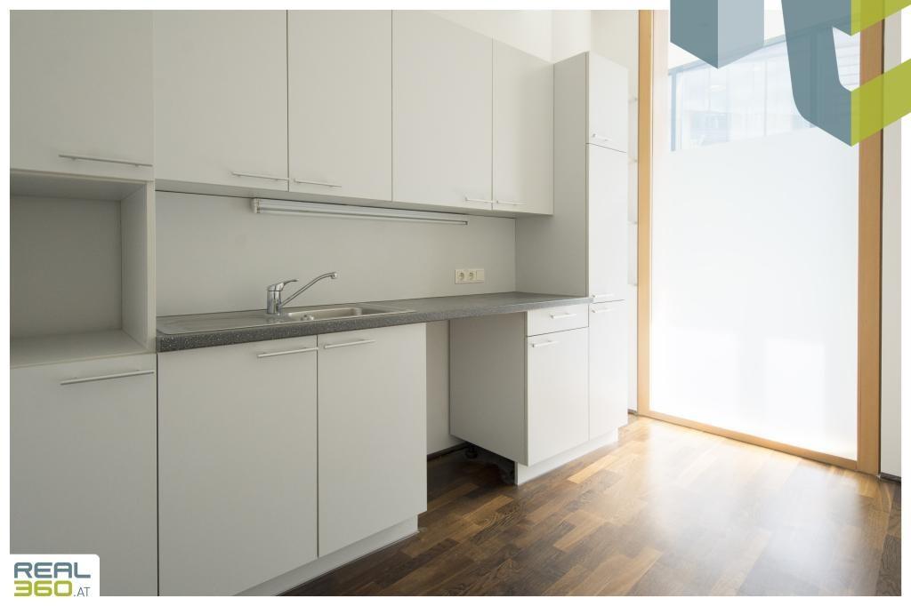 Personalraum mit Küche