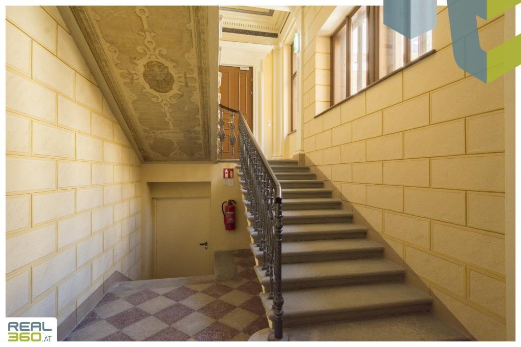 Sehr repräsentatives Stiegenhaus