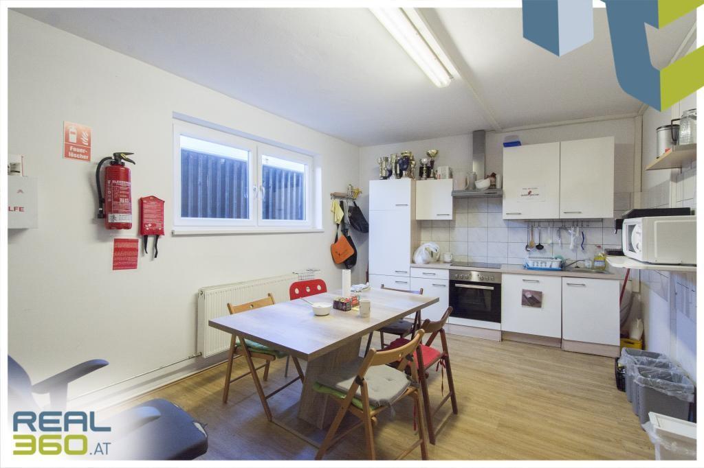 Mitarbeiterraum/Küche im OG
