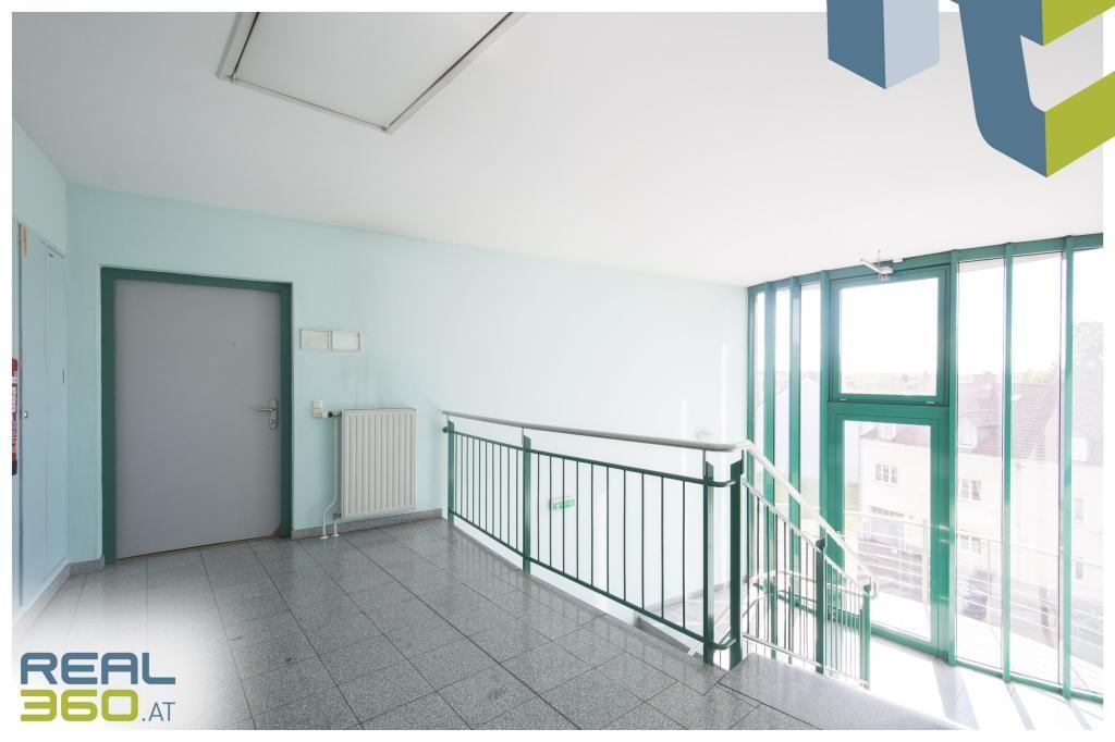 Eingangsbereich Büro
