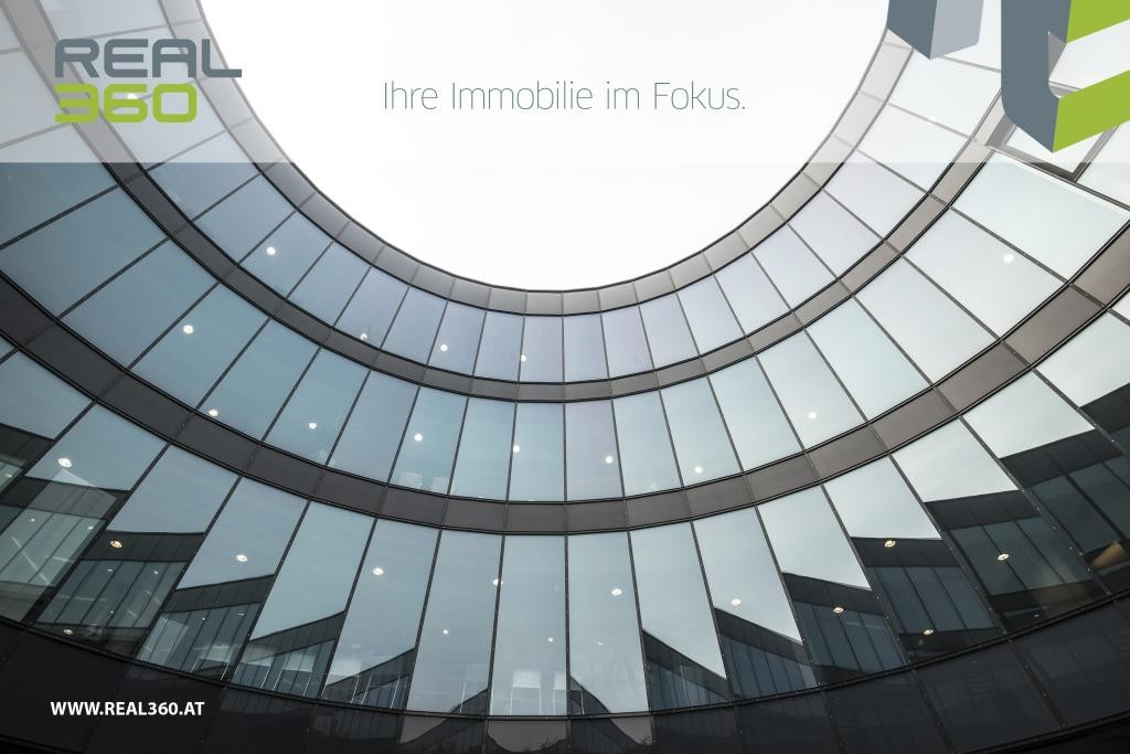 Glasfassade Innenhof