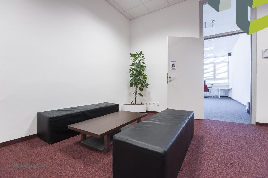 Sitz- und Wartemöglichkeit für Kunden/Mitarbeiter