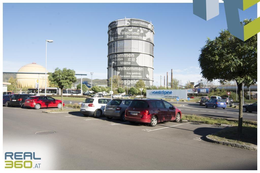 Parkplätze direkt vor dem Objekt II