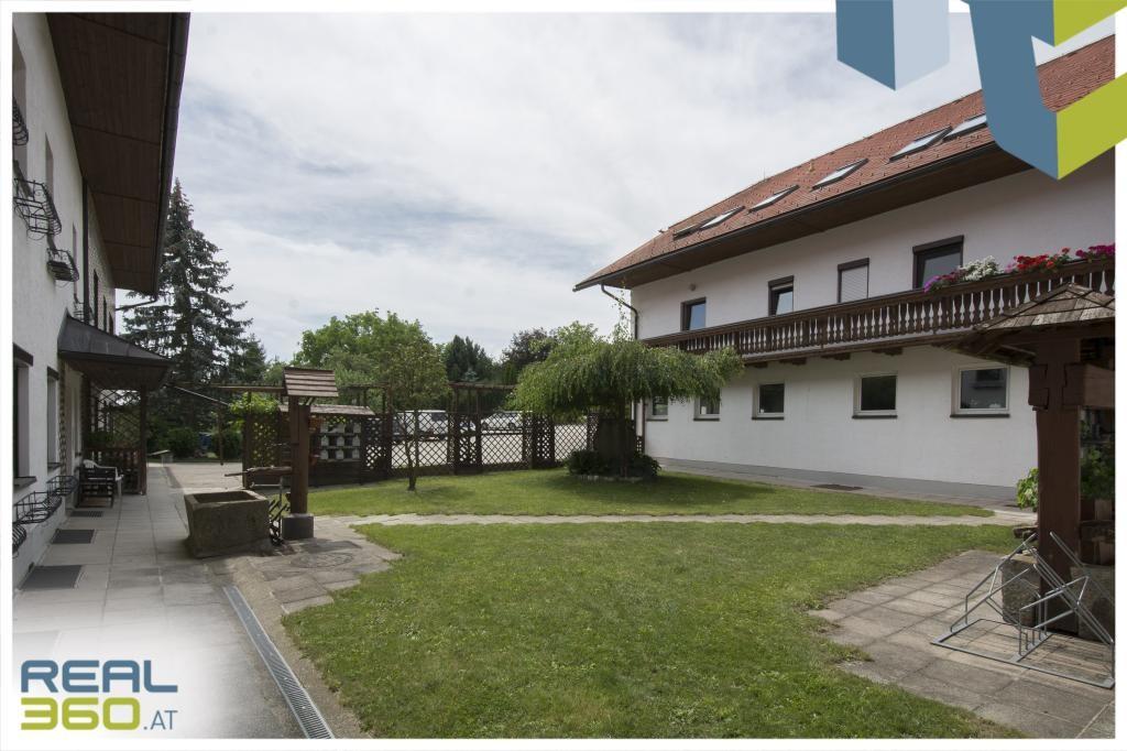 Innenhof und Wohnungszugang