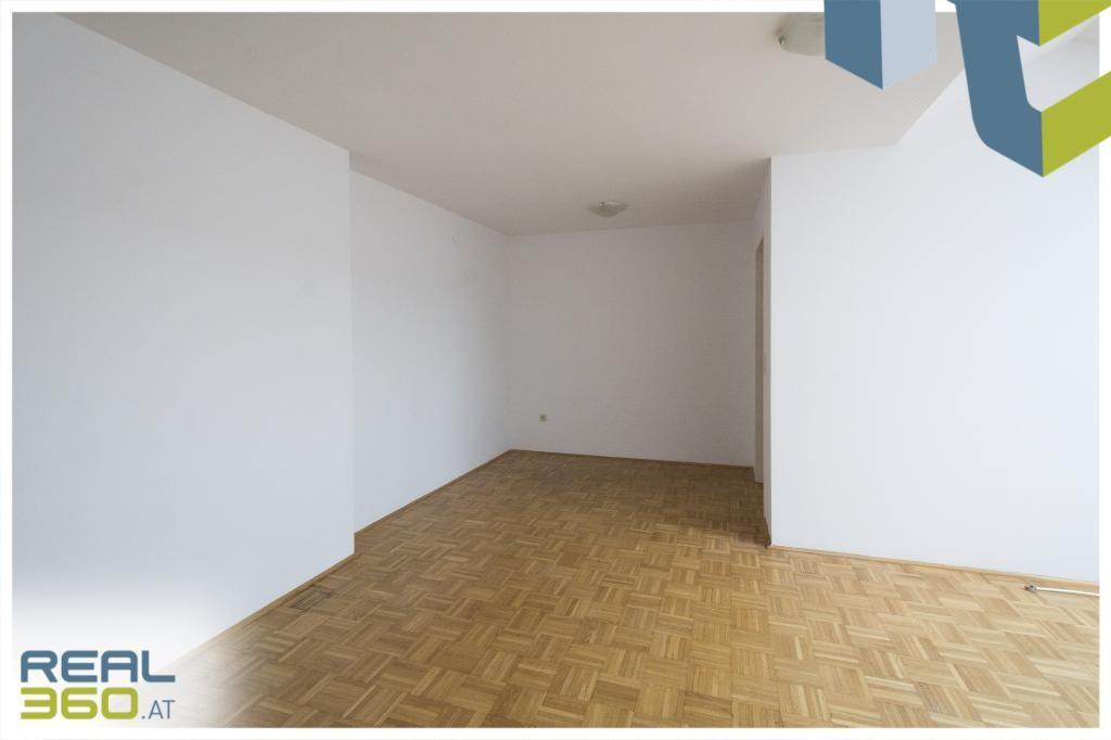 Wohn-Esszimmer II