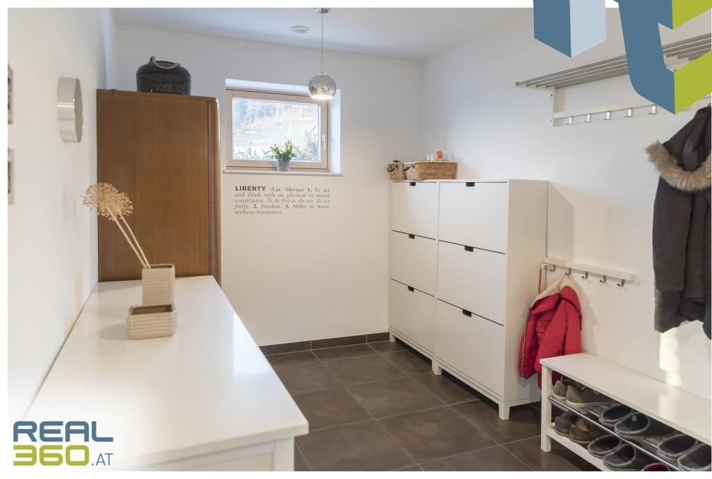 Garderobe/Vorraum