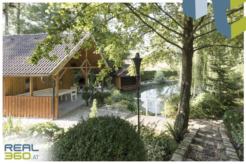 Gartenhütte mit Küche und Sitzbereich