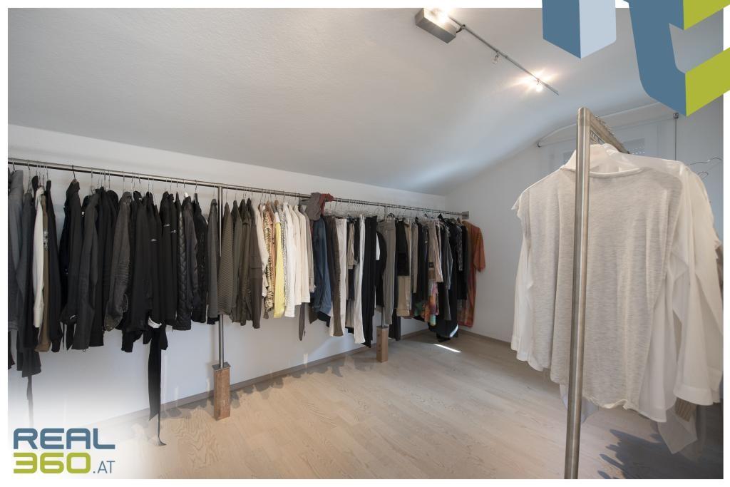 Begehbarer Kleiderschrank im DG