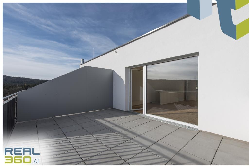Dachterrasse vor Wohnzimmer