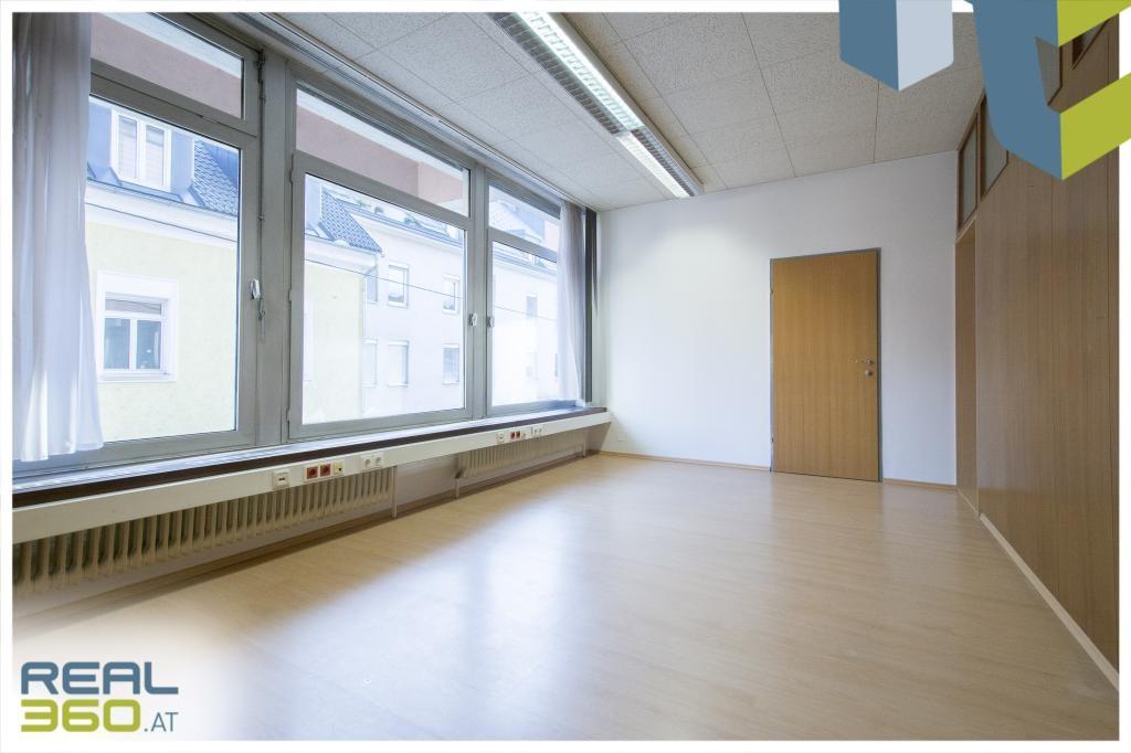 Helles Büro 2
