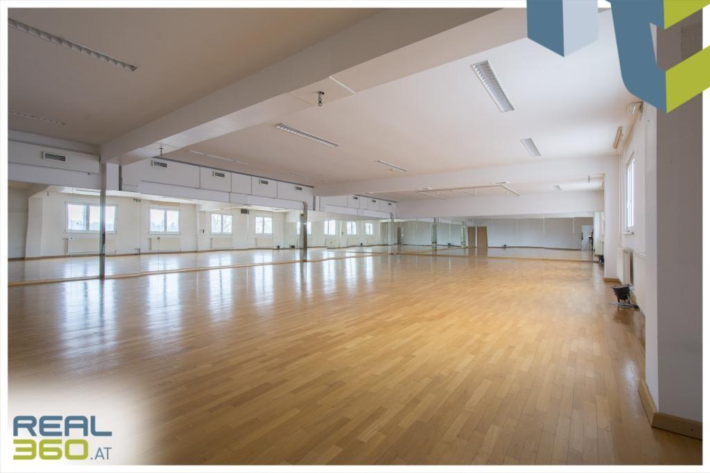 Gymnastik-/Tanzsaal im 4.OG