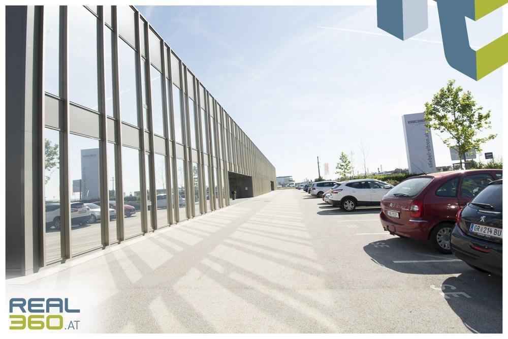 Außenfoto III mit ausreichend Parkplätze