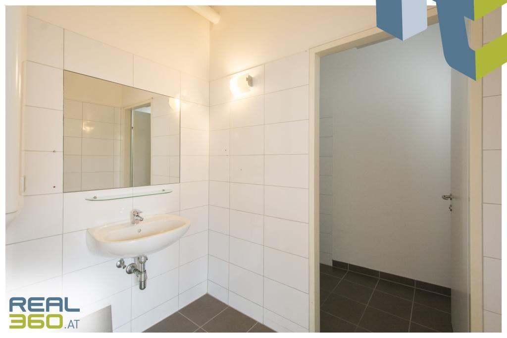 Toilette I