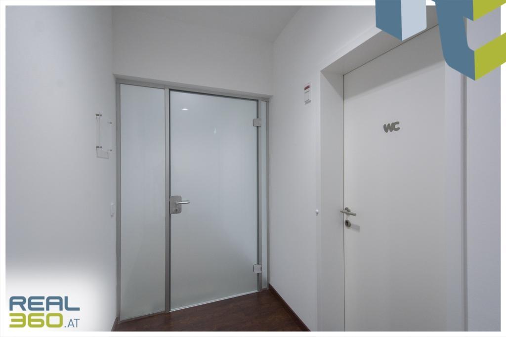 Eingang zu den Büroflächen