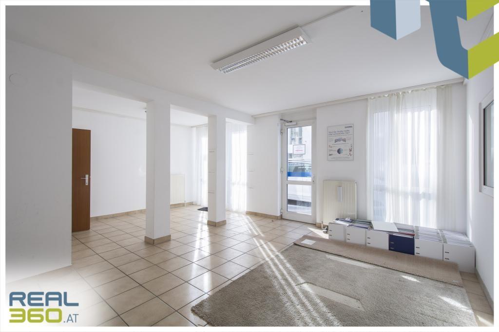 Raum 1 und Eingangsbereich