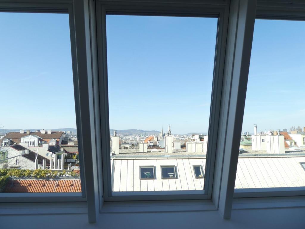 Wunderschöne DG-Maisonette mit großer, sonniger Dachterrasse /  / 1040Wien / Bild 1