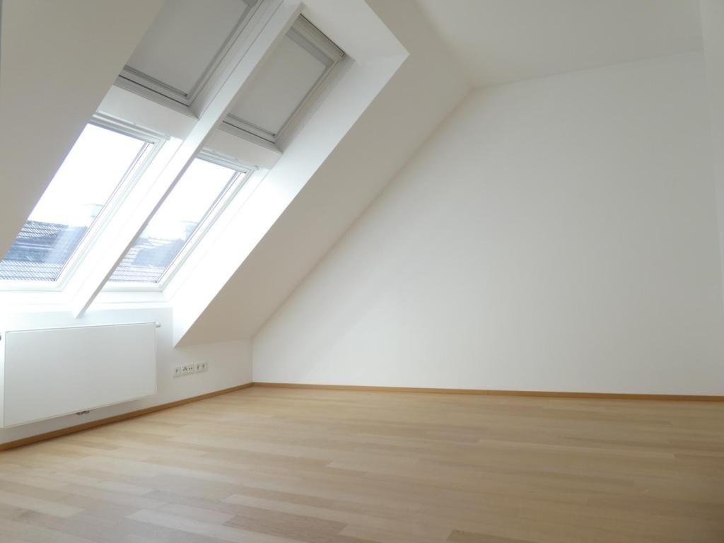 Wunderschöne DG-Maisonette mit großer, sonniger Dachterrasse /  / 1040Wien / Bild 2