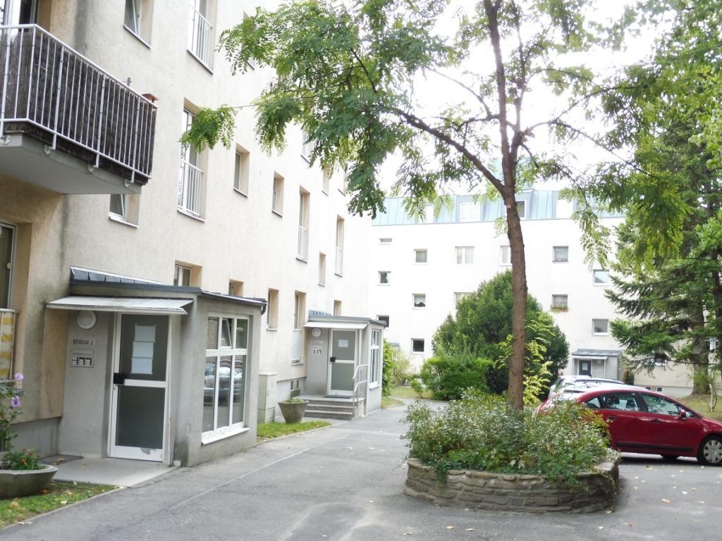 Helle 3 Zimmer Wohnung mit 2 Balkonen in Ruhelage im 19. Bezirk! /  / 1190Wien / Bild 0