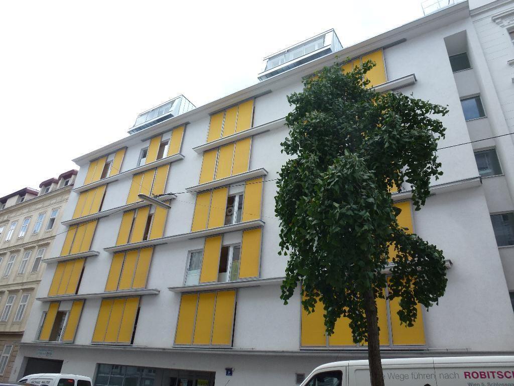 Top-moderne, ruhige Neubauwohnung mit 18m² großer Terrasse /  / 1060Wien / Bild 0