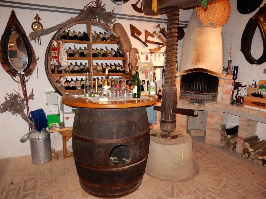 *Uriges* Presshaus mit Weinkeller /  / 2222Bad Pirawarth / Bild 5