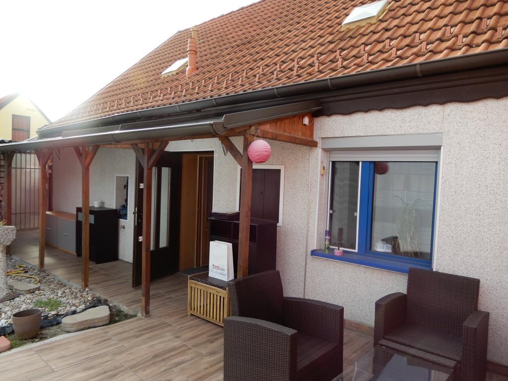 *Landhaus mitten im Dorfzentrum* *Sanierungsbedürftig* /  / 2252Ollersdorf / Bild 5