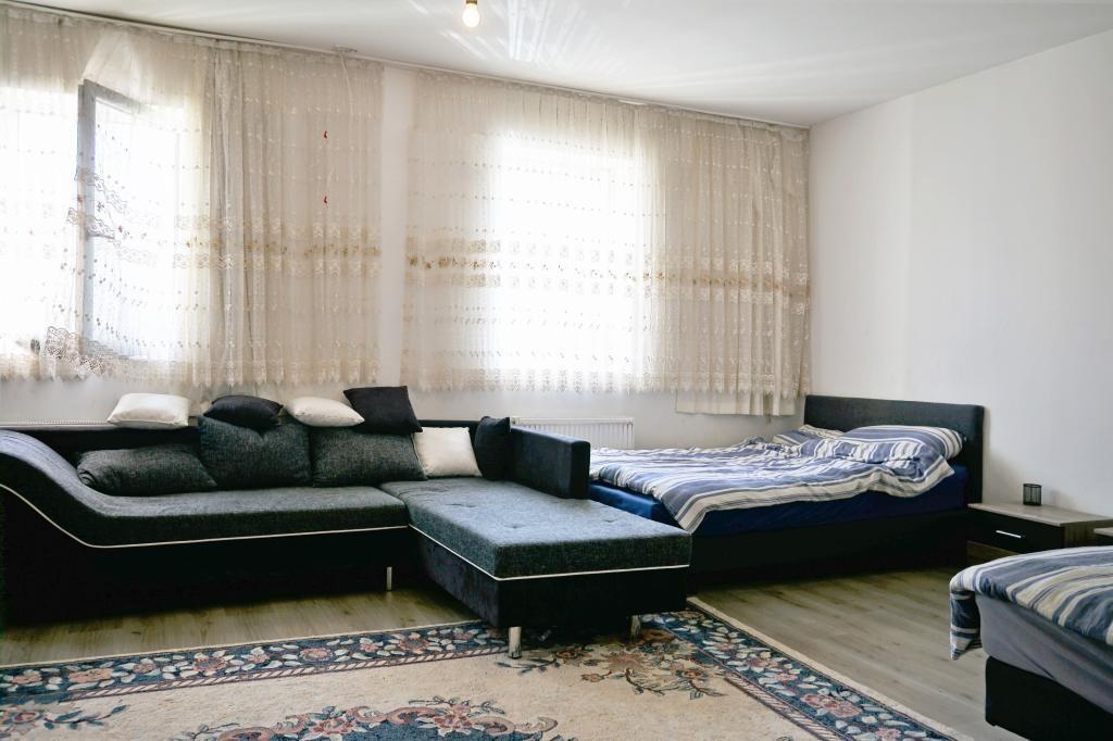 """""""RESERVIERT"""" LANDHAUS - RUHIGE IDYLLE - 1573 m² GRUNDSTÜCK /  / 2253Weikendorf / Bild 1"""