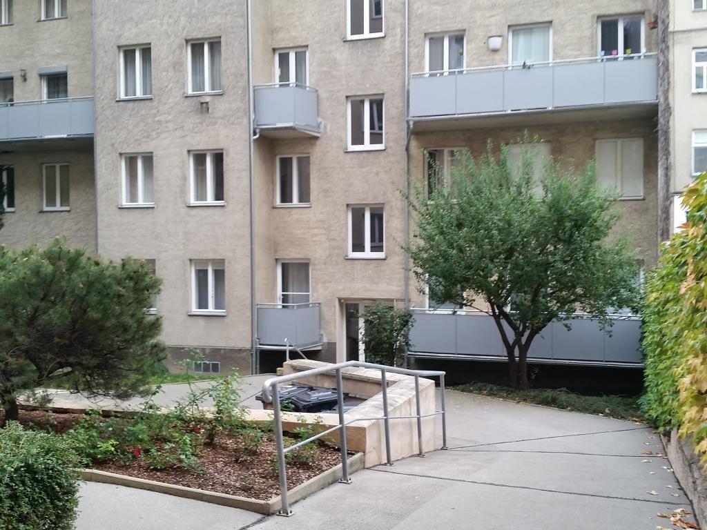 Zentral gelegene Eigentumswohnung *Hochparterre* /  / 1200Wien / Bild 9