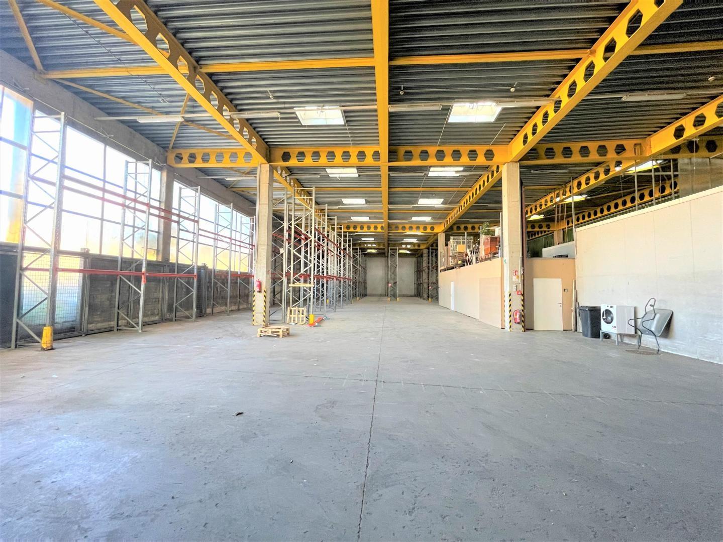 Innenansicht Lagereinheit 94 m²