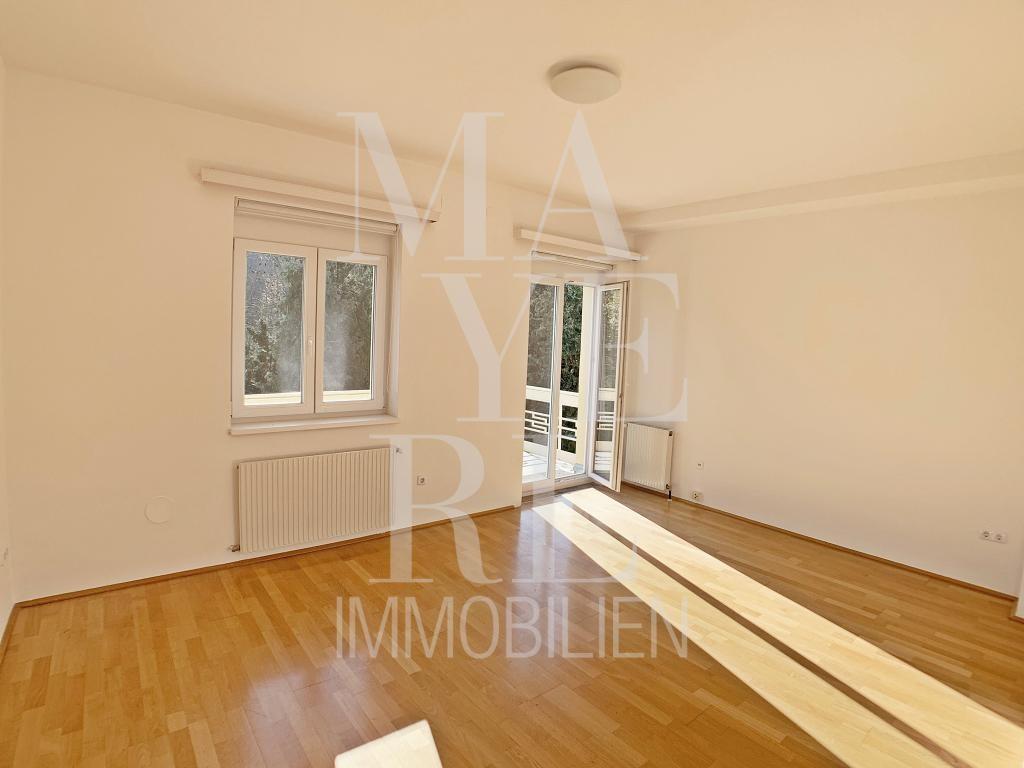 jpgcnt ---- schönes, grosses Haus direkt am Park /  / 1180Wien / Bild 0