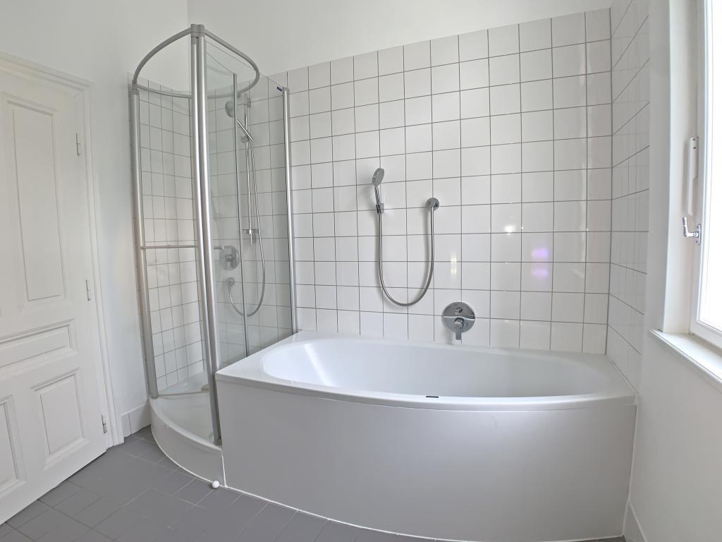 wunderschöne, sanierte Altbauwohnung /  / 1190Wien / Bild 4
