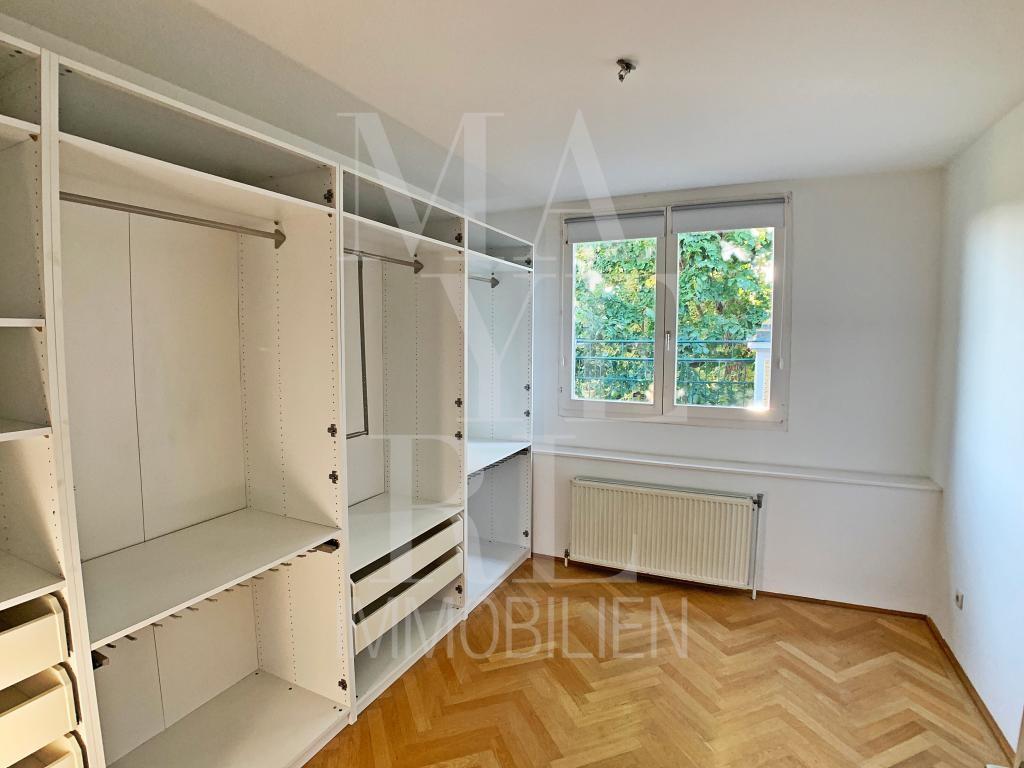 jpgcnt ---- Freistehende Villa in Mödling /  / 2340Mödling / Bild 2