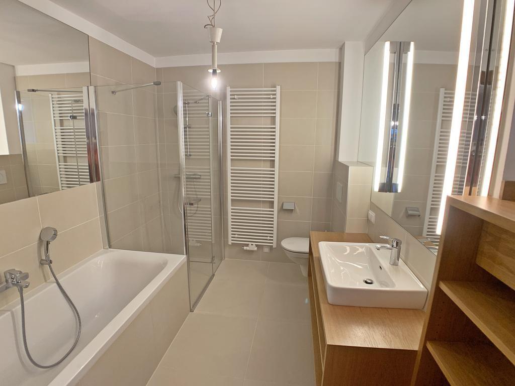 Villa mit Swimmingpool, neu renoviert /  / 2340Mödling / Bild 3
