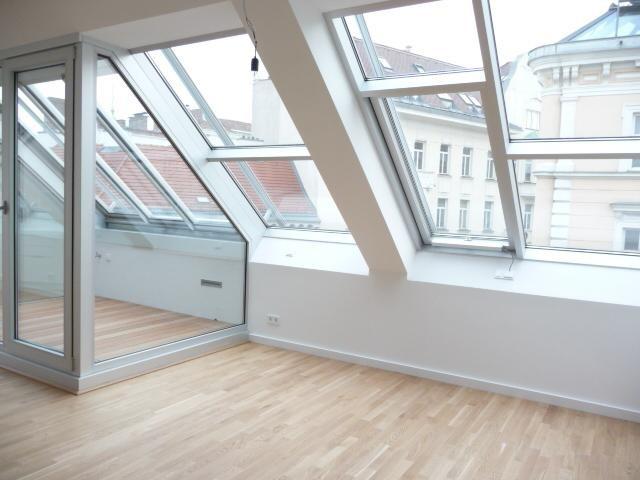 jpgcnt ---- Dachgeschoßwohnung in zentraler Lage /  / 1080Wien / Bild 3