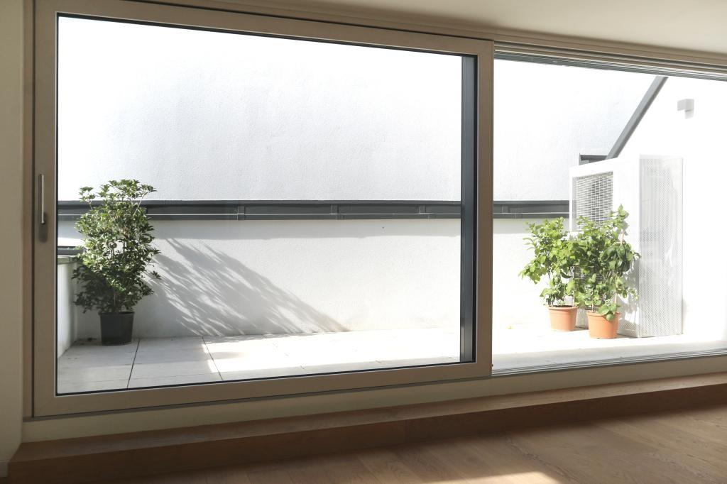Dachgeschoss-Wohnung mit Terrasse in bester Lage - hat außergewöhnliches Potenzial /  / 1190Wien, Döbling / Bild 1
