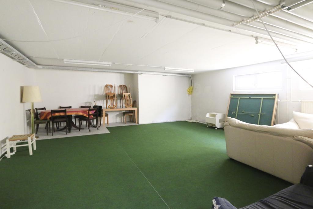 Komplett neu Top-sanierte Wohnung   M I T   Garagenplatz /  / 1160Wien, Ottakring / Bild 2