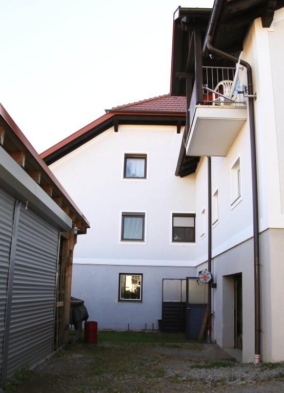 Exklusive Dachgeschosswohnung in Aussichtslage /  / 4084St. Agatha / Bild 12