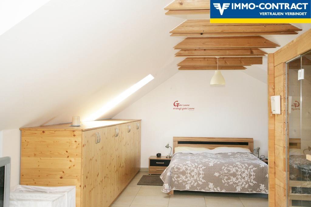 Exklusive Dachgeschosswohnung in Aussichtslage /  / 4084St. Agatha / Bild 16