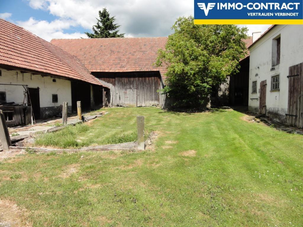 Ehemalige Landwirtschaft, uneinsehbarer Innenhof /  / 3754Irnfritz / Bild 0