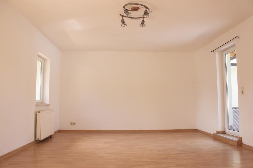 2-Zimmer Terrassenwohnung in Kreutern!