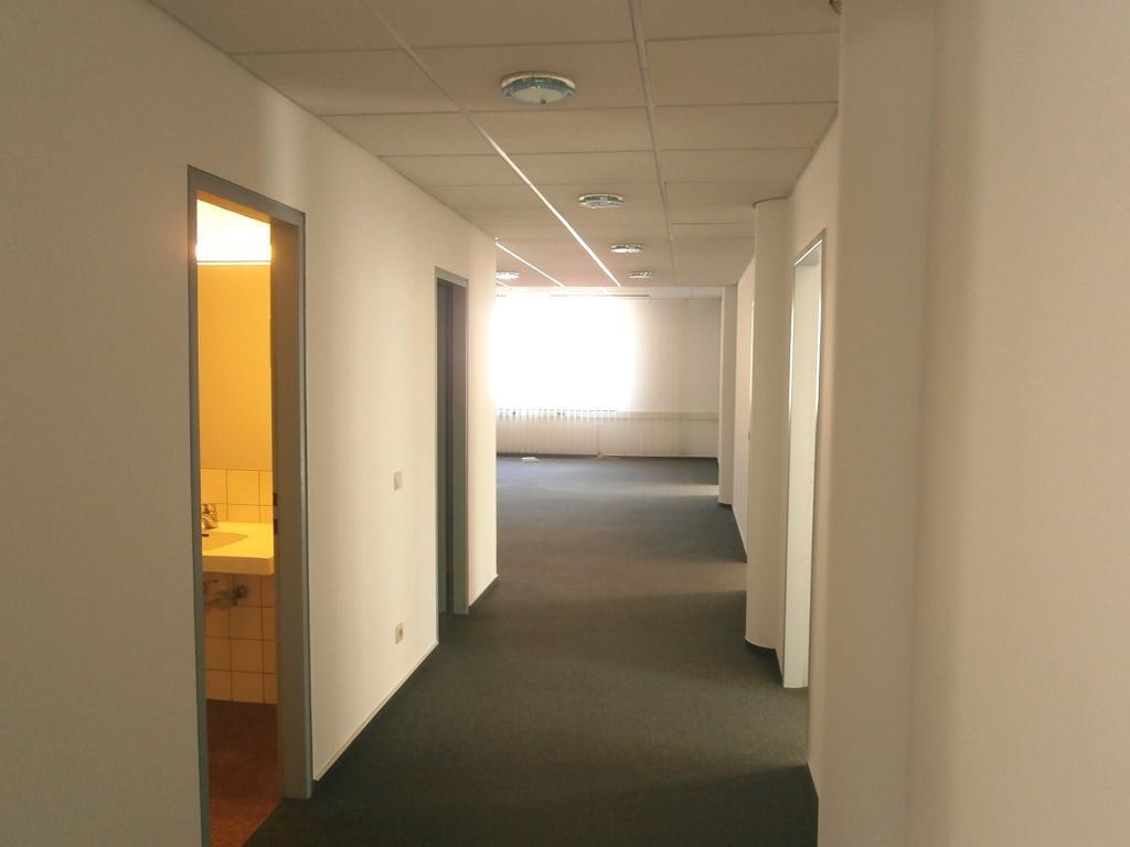 Repräsentative Bürofläche in zentraler Lage!